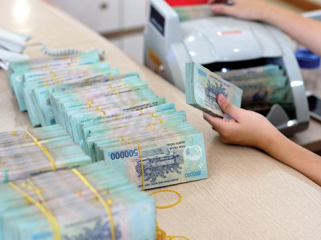 Lãi suất tiết kiệm ngân hàng nào cao nhất? - Ảnh 1.
