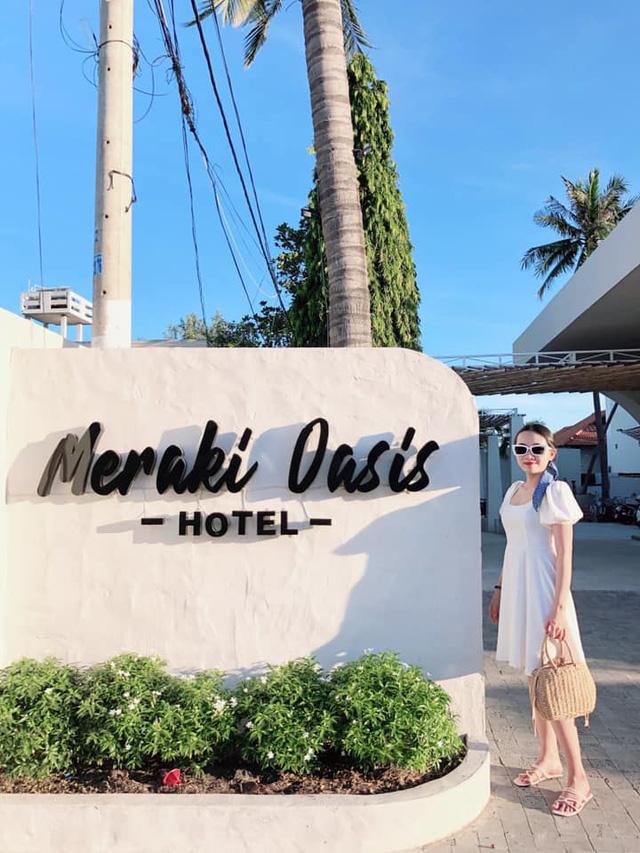 Chỉ cách Sài Gòn 4 giờ đồng hồ, có Mũi Né biển xanh cát trắng nắng vàng, sở hữu địa điểm ngắm hoàng hôn siêu chill - Ảnh 1.