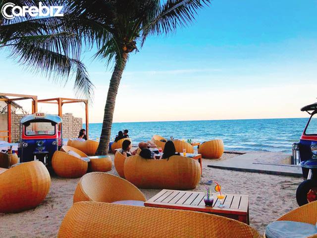 Chỉ cách Sài Gòn 4 giờ đồng hồ, có Mũi Né biển xanh cát trắng nắng vàng, sở hữu địa điểm ngắm hoàng hôn siêu chill - Ảnh 12.