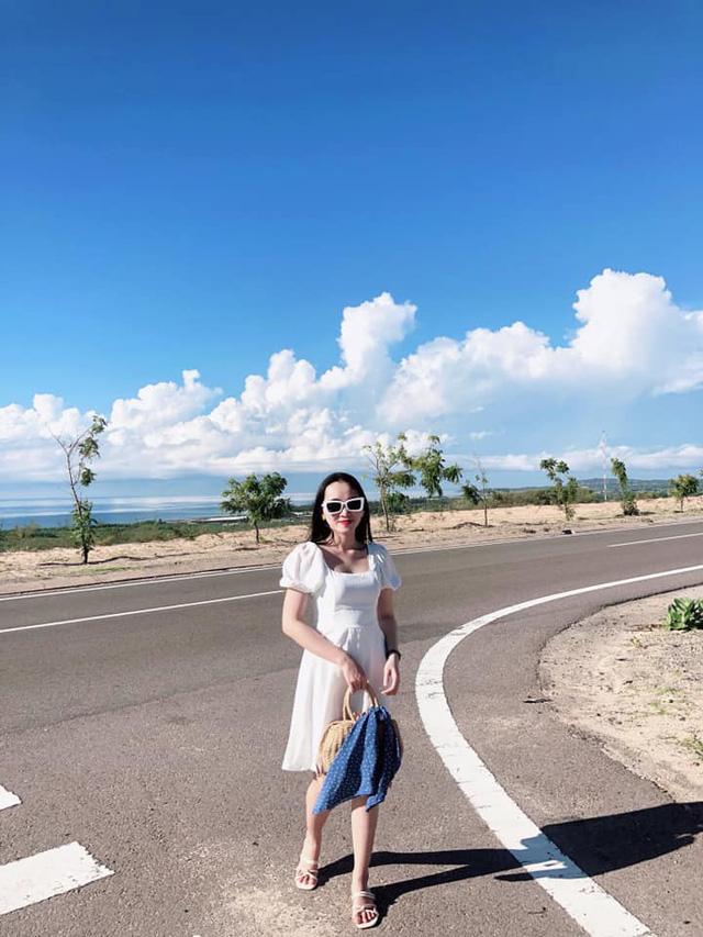 Chỉ cách Sài Gòn 4 giờ đồng hồ, có Mũi Né biển xanh cát trắng nắng vàng, sở hữu địa điểm ngắm hoàng hôn siêu chill - Ảnh 14.
