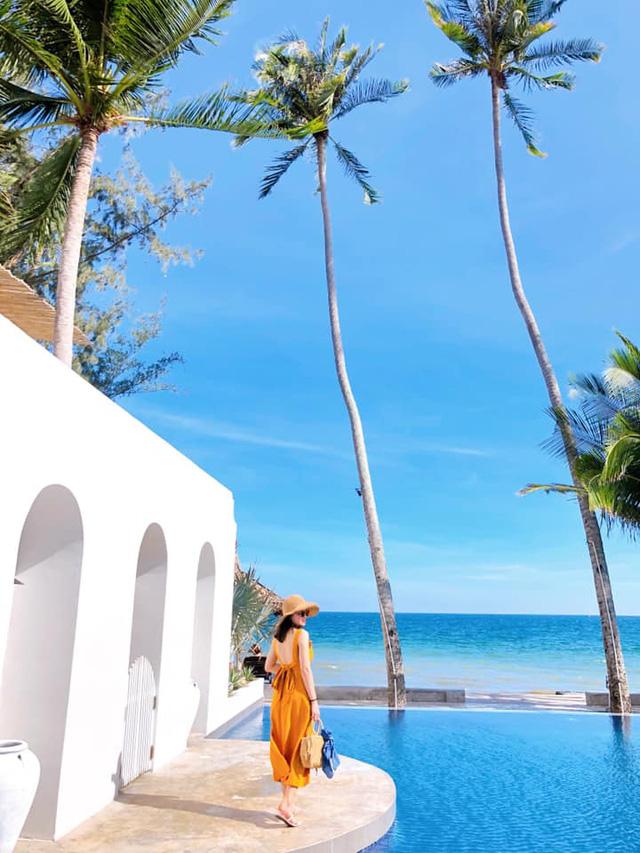 Chỉ cách Sài Gòn 4 giờ đồng hồ, có Mũi Né biển xanh cát trắng nắng vàng, sở hữu địa điểm ngắm hoàng hôn siêu chill - Ảnh 7.