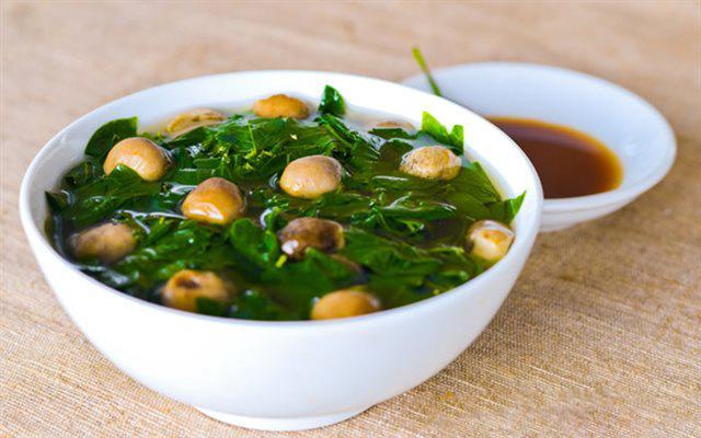 Là thảo dược quý trong Đông y nhưng có 3 nhóm người tuyệt đối không được ăn rau ngót vì sẽ gây hại nghiêm trọng cho sức khỏe - Ảnh 2.