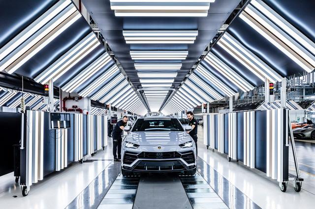 Urus trở thành ngòi nổ doanh số của Lamborghini với 10.000 xe xuất xưởng sau 2 năm - Ảnh 2.