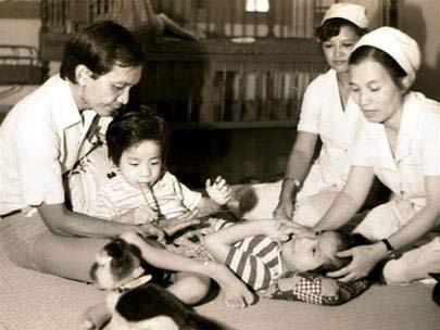 GS Trần Đông A - cố vấn ca tách cặp song sinh Trúc Nhi, Diệu Nhi 79 tuổi vẫn khỏe khoắn, dẻo dai: Bí quyết đến từ 4 thói quen sống vô cùng đáng học hỏi - Ảnh 1.