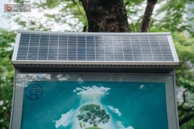 Thùng rác công nghệ với tấm pin mặt trời trên đường phố Hà Nội: Truyền cảm hứng bảo vệ môi trường đến người dân - Ảnh 3.