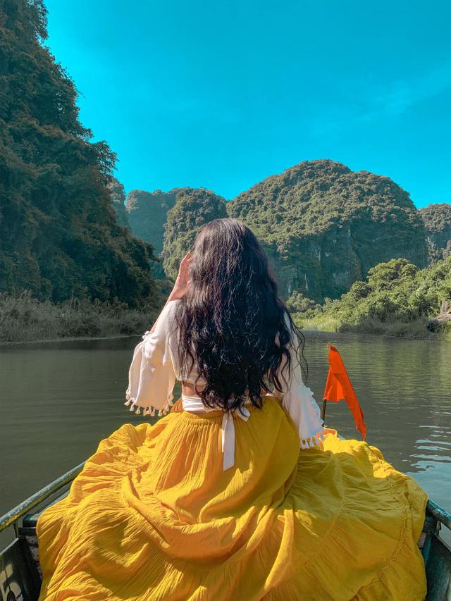 Đến Hang Múa, Ninh Bình ngập trong sắc sen hồng: Trọn vẹn 1 ngày cuối tuần rời xa thành thị xô bồ, chiêm ngưỡng vẻ đẹp thiên nhiên xanh mướt - Ảnh 12.