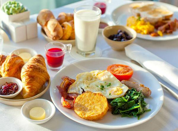 Đừng bao giờ ăn 6 loại thực phẩm này vào buổi sáng khi bụng rỗng vì có thể gây hại cho nhiều cơ quan trong cơ thể, đặc biệt là dạ dày, gan, thận - Ảnh 2.