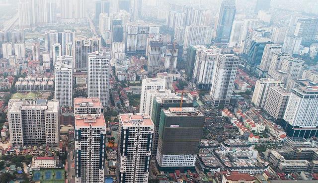 TS Lê Xuân Nghĩa: Người giàu Việt Nam thích ở nhà hạng sang giữa lòng đô thị là xu hướng lạ - Ảnh 1.