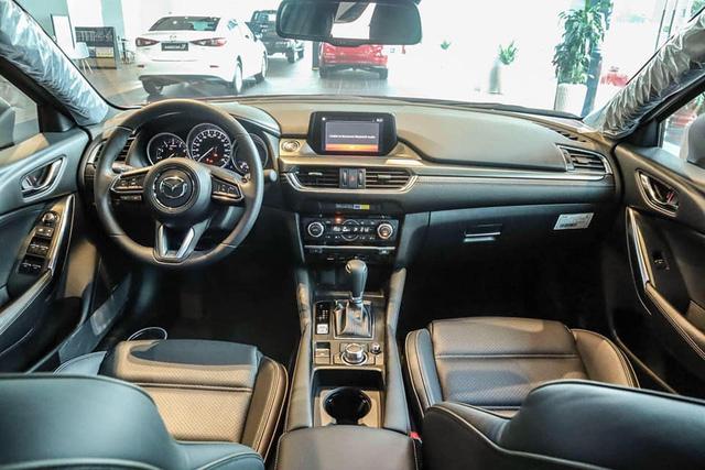 Mazda6 'full option' bán xả kho giá gần 750 triệu, rẻ hơn cả trăm triệu đồng so với Mazda3 mới - Ảnh 3.