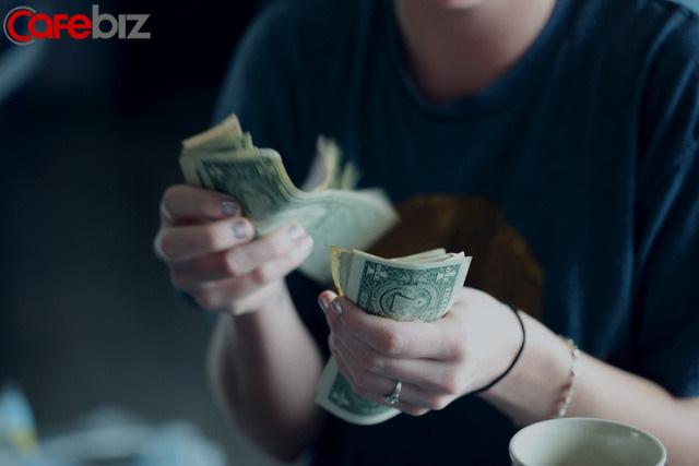 Tuyệt đối đừng xem thường những người tiết kiệm tiền: Chỉ khi có tiền, bạn mới cảm nhận được sự an toàn!  - Ảnh 1.