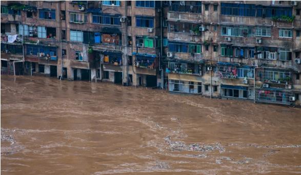 Trung Quốc: Mưa lũ là phép thử của trời, kế hoạch ứng phó chỉ cần 3 phút - Ảnh 2.