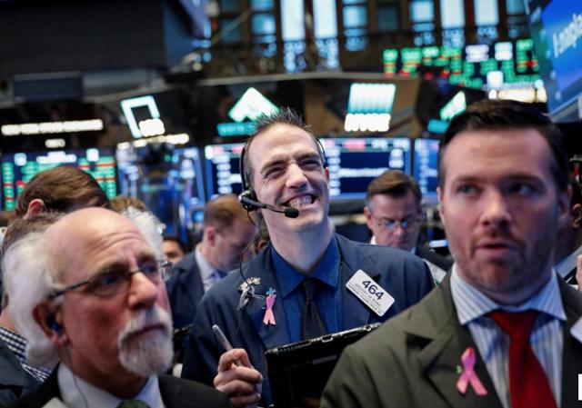 Thị trường chứng khoán tự tạo đà tăng như thế nào - Ảnh 1.