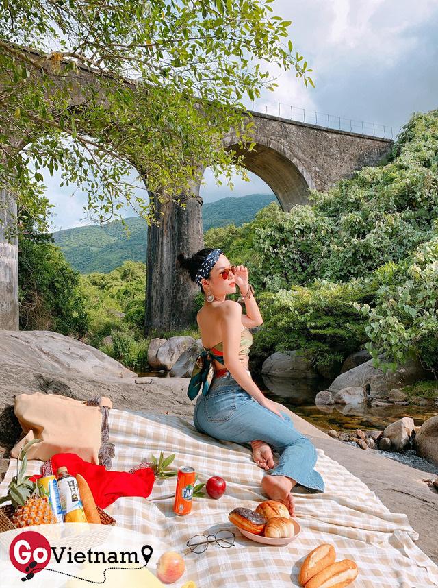 Điểm sáng Cầu Vòm Đồn Cả trong hành trình Huế - Hội An - Đà Nẵng: Thơ mộng như tranh vẽ, tha hồ picnic và tắm suối - Ảnh 17.