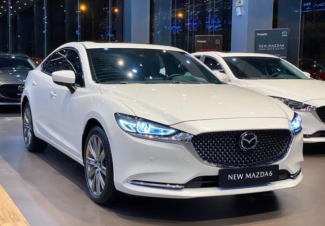 Mazda hạ giá sốc loạt xe hot tại Việt Nam: CX-8 giảm 200 triệu, CX-5 rẻ nhất phân khúc - Ảnh 1.