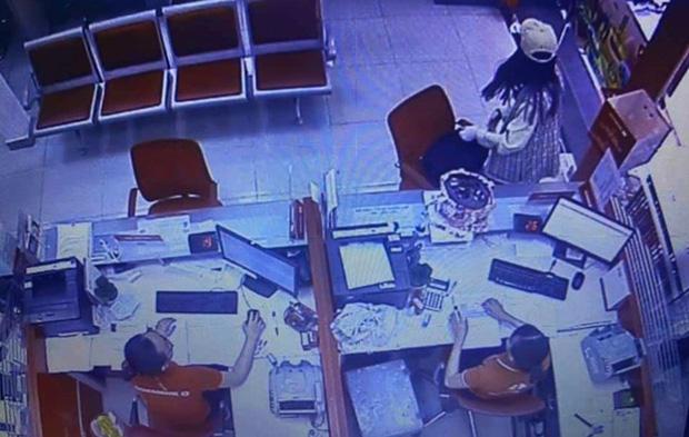 Nữ nghi can cướp ngân hàng ở Sài Gòn từng là thí sinh gameshow hài, khai nhận đi cướp do nợ nần - Ảnh 2.