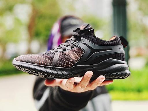 Chạy bộ chỉ 1 giờ mỗi ngày đem lại biết bao lợi ích, và đây là những món đồ để công cuộc rèn luyện hiệu quả hơn - Ảnh 2.