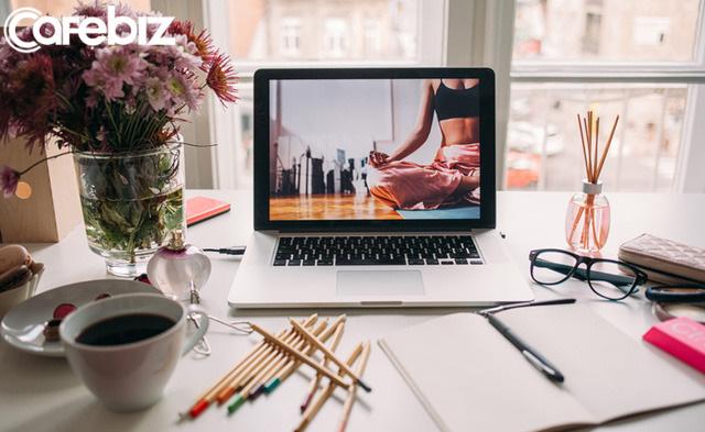 10 thứ không nên xuất hiện trên bàn làm việc của bạn: Sự có mặt của chúng sẽ khiến đồng nghiệp cũng như cấp trên nghĩ bạn thiếu chuyên nghiệp  - Ảnh 2.