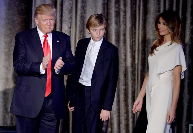 """Thích một mình, chuộng mặc vest từ nhỏ và loạt fact ít ai biết về """"Hoàng tử Nhà Trắng"""" Barron Trump - Cậu bé được cả thế giới săn đón - Ảnh 3."""