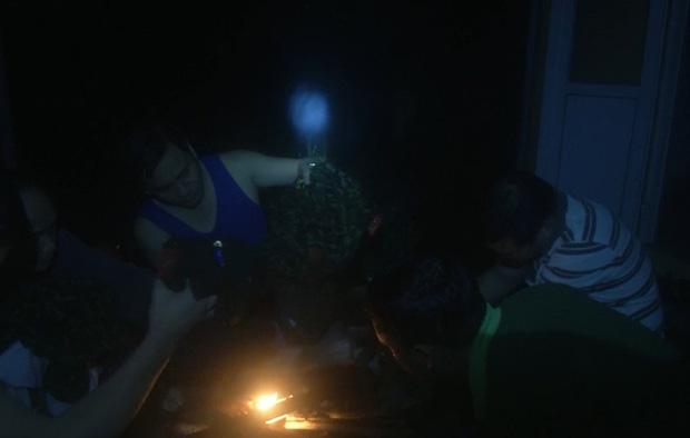 Xúc động những hình ảnh cuối cùng của 13 chiến sĩ hy sinh tại Tiểu khu 67: Cùng quây quần bên bếp lửa để hong khô áo, sưởi ấm và bàn bạc công việc - Ảnh 5.