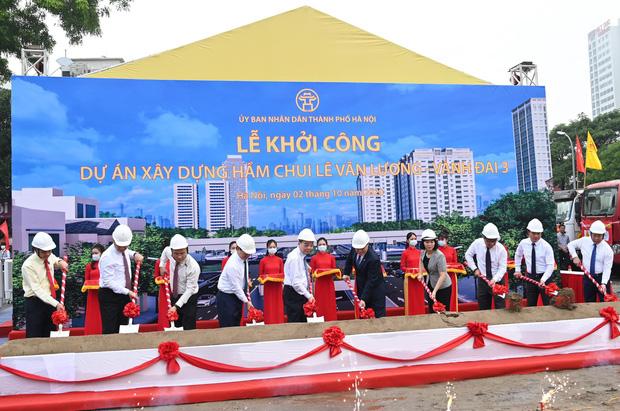 Khởi công xây dựng hầm chui Lê Văn Lương - vành đai 3, tuyến đường huyết mạch thường xuyên ùn tắc giờ tan tầm - Ảnh 1.