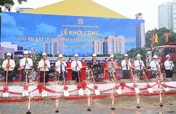 Khởi công xây dựng hầm chui Lê Văn Lương - vành đai 3, tuyến đường huyết mạch thường xuyên ùn tắc giờ tan tầm - Ảnh 2.