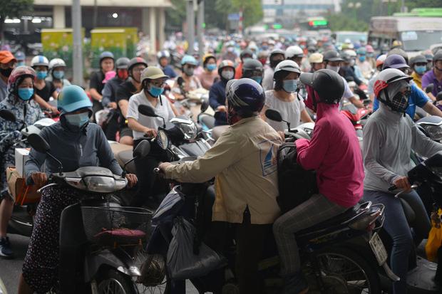Khởi công xây dựng hầm chui Lê Văn Lương - vành đai 3, tuyến đường huyết mạch thường xuyên ùn tắc giờ tan tầm - Ảnh 4.