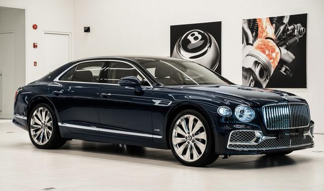 Cận cảnh Bentley Flying Spur First Edition đầu tiên tại Việt Nam, giá bán lên tới 30 tỷ đồng - Ảnh 2.