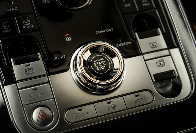 Cận cảnh Bentley Flying Spur First Edition đầu tiên tại Việt Nam, giá bán lên tới 30 tỷ đồng - Ảnh 11.