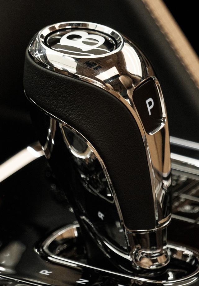 Cận cảnh Bentley Flying Spur First Edition đầu tiên tại Việt Nam, giá bán lên tới 30 tỷ đồng - Ảnh 13.