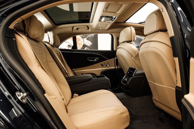 Cận cảnh Bentley Flying Spur First Edition đầu tiên tại Việt Nam, giá bán lên tới 30 tỷ đồng - Ảnh 14.