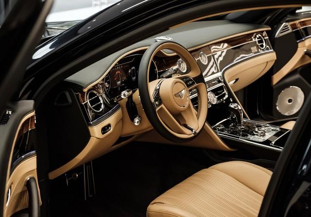Cận cảnh Bentley Flying Spur First Edition đầu tiên tại Việt Nam, giá bán lên tới 30 tỷ đồng - Ảnh 9.