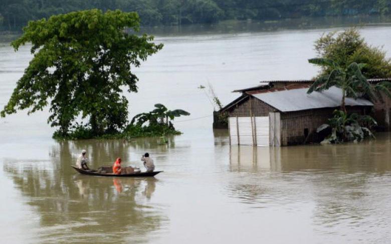 Ngân hàng Thế giới: Lũ lụt có nguy cơ ''cuốn'' đi hơn 850 triệu USD tăng trưởng kinh tế Việt Nam mỗi năm
