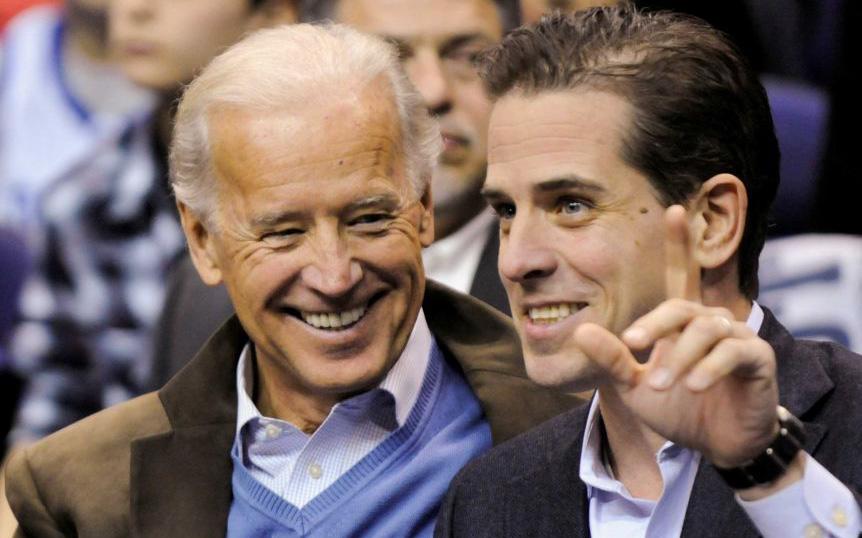 Không ngoài dự đoán, con trai ông Biden thành tâm điểm trong màn đầu khẩu cuối cùng