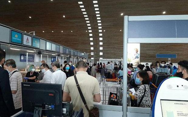 Đưa gần 280 công dân Việt Nam từ Đức và một số nước châu Âu về nước an toàn