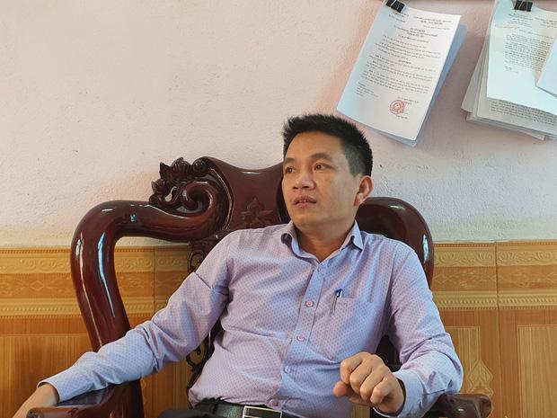 Người dân chặn xe vào bãi rác Nam Sơn: Mấy chục năm nay chúng tôi đã quá khổ rồi, ruồi nhặng nhiều khiến có hôm phải chui vào màn ăn cơm - Ảnh 8.