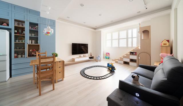 Ngôi nhà 30m² được cải tạo thành không gian hạnh phúc cho vợ chồng trẻ và con gái thỏa sức vui chơi - Ảnh 3.