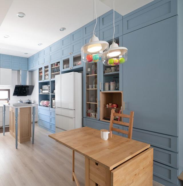 Ngôi nhà 30m² được cải tạo thành không gian hạnh phúc cho vợ chồng trẻ và con gái thỏa sức vui chơi - Ảnh 9.
