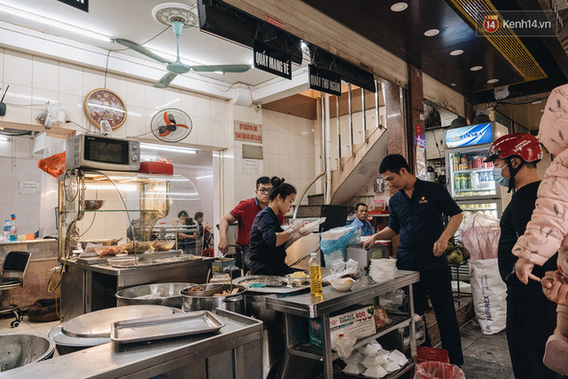 Hàng xôi Yến huyền thoại ở Hà Nội với lời đồn bán được 2 tỷ mỗi tháng, từng gây xôn xao vì vỡ nợ giờ ra sao? - Ảnh 10.