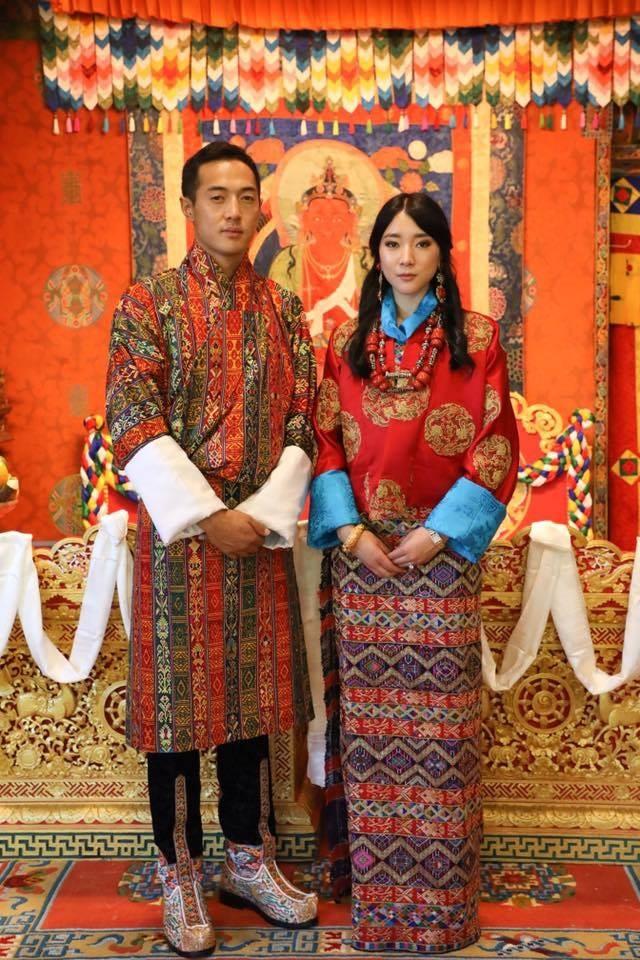 Nàng công chúa vạn người mê của Bhutan từng làm chao đảo MXH bất ngờ lên xe hoa, nhan sắc đôi tân lang tân nương gây chú ý - Ảnh 2.