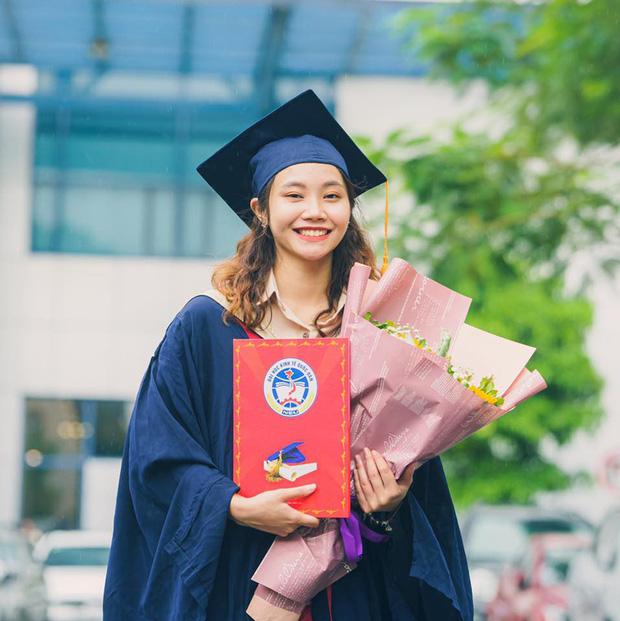 Tân cử nhân duy nhất của ĐH Kinh tế Quốc dân tốt nghiệp thần tốc sau 3 năm, vừa nhận bằng Giỏi vừa là Đảng viên - Ảnh 1.