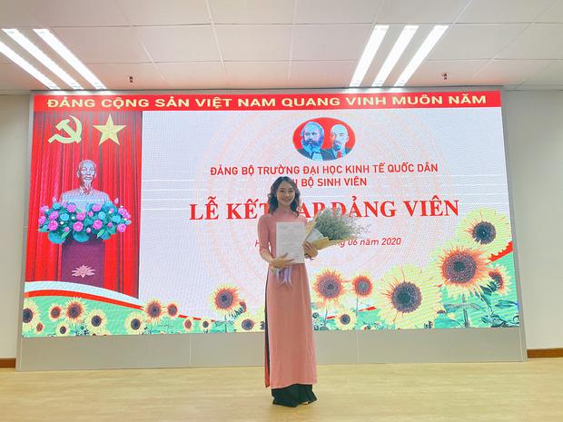 Tân cử nhân duy nhất của ĐH Kinh tế Quốc dân tốt nghiệp thần tốc sau 3 năm, vừa nhận bằng Giỏi vừa là Đảng viên - Ảnh 5.