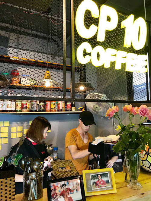 Kinh doanh không khả quan, Công Phượng đã rút vốn khỏi quán CP10 Coffee tại Hà Nội?  - Ảnh 1.