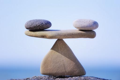 Người giỏi bận rộn suốt 24 giờ, kẻ thực sự khôn ngoan chỉ cần học cách cân bằng giữa cái cần và đủ - Ảnh 2.