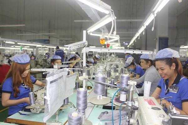 Bất chấp COVID-19, FDI vẫn chảy vào Việt Nam: Điểm đến an toàn - Ảnh 2.