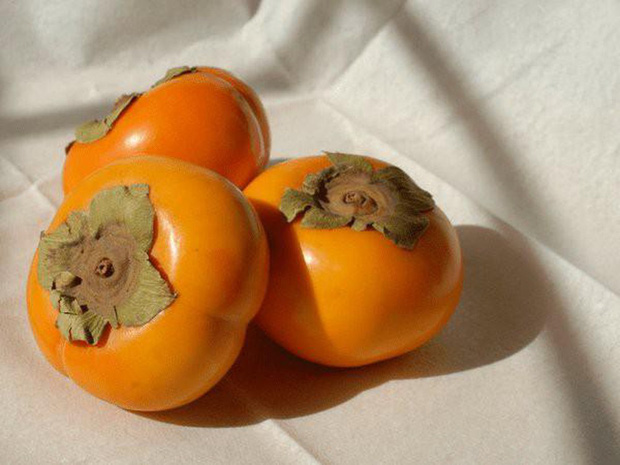 4 loại thực phẩm tưởng vô hại nhưng lại cực có hại nếu bạn ăn khi đang đói cồn cào - Ảnh 2.