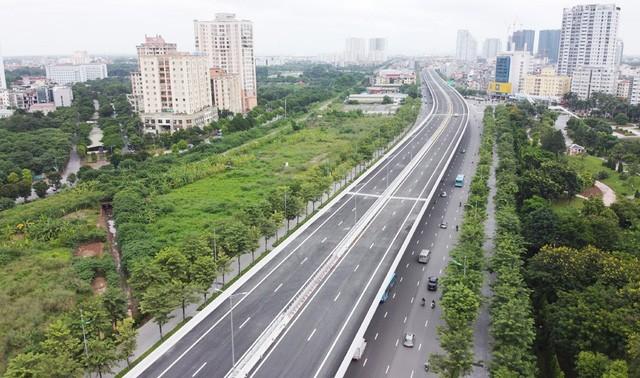 Mục sở thị Vành đai 3 trên cao đẹp nhất Hà Nội đoạn Mai Dịch - Nam Thăng Long trước giờ thông xe - Ảnh 8.