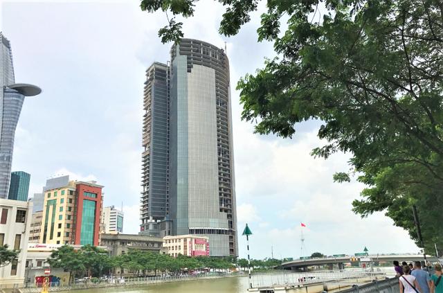 Chuyển động mới quanh tòa cao ốc hơn 6.100 tỷ đồng bỏ hoang 10 năm ở trung tâm TP HCM - Ảnh 1.
