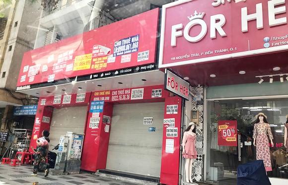 Nhà phố trung tâm Sài Gòn khó cho thuê - Ảnh 1.