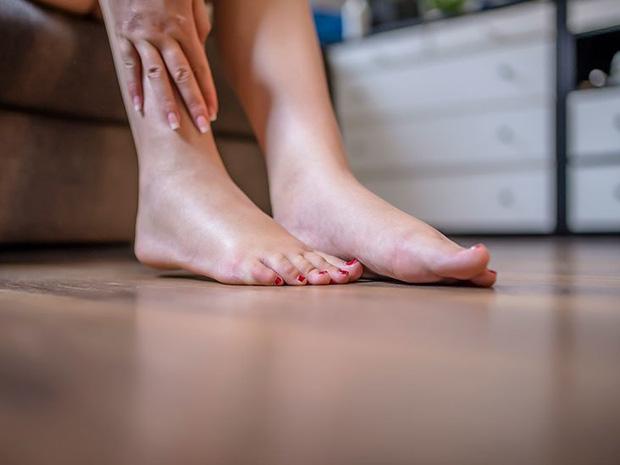 5 thay đổi trên cơ thể xuất hiện vào ban đêm cho thấy nguy cơ bệnh gan đang rình rập - Ảnh 5.
