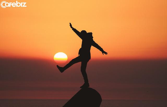 Tự sự của một người già: Qua gần hết đời người tôi mới nhận ra, đường đời, tự mình vượt qua, chính là đáp án cuối cùng  - Ảnh 1.